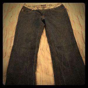 womens burberry denim jeans  size 8